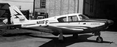 A similar Piper Apache 24