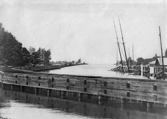 Condor sunk at the dock in OxBow